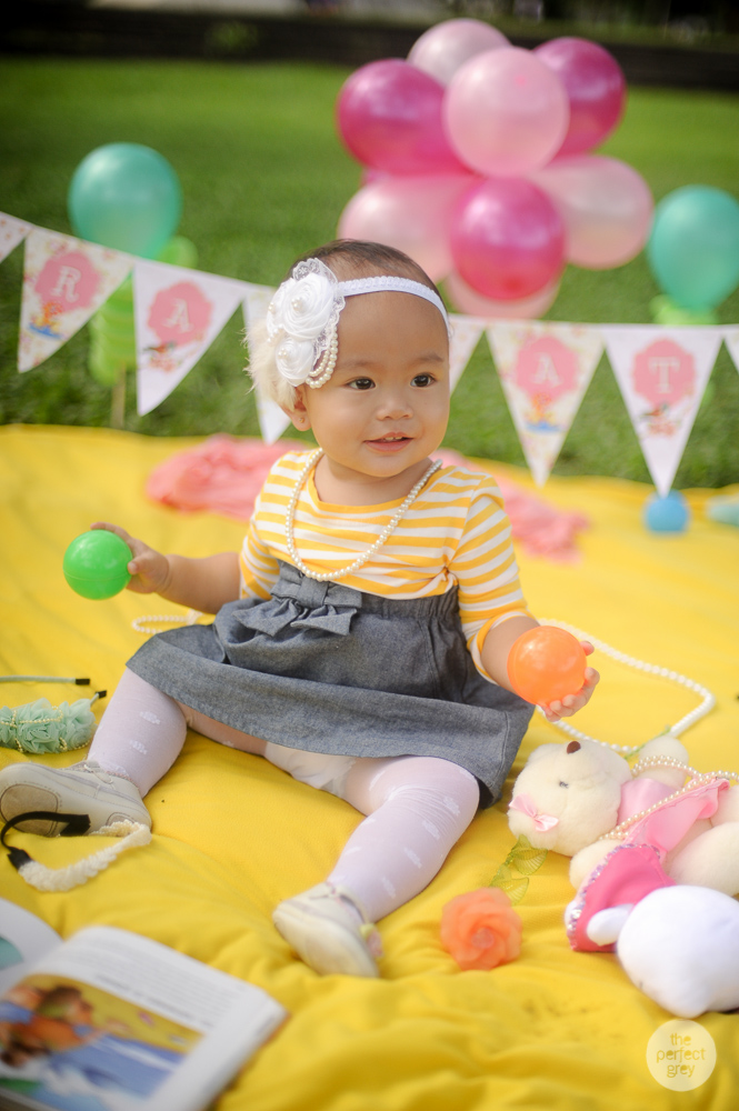 baby-cake-smash-first-birthday-one-year-old-the-perfect-grey-family-photographer-philippines-arlene-briones-4018