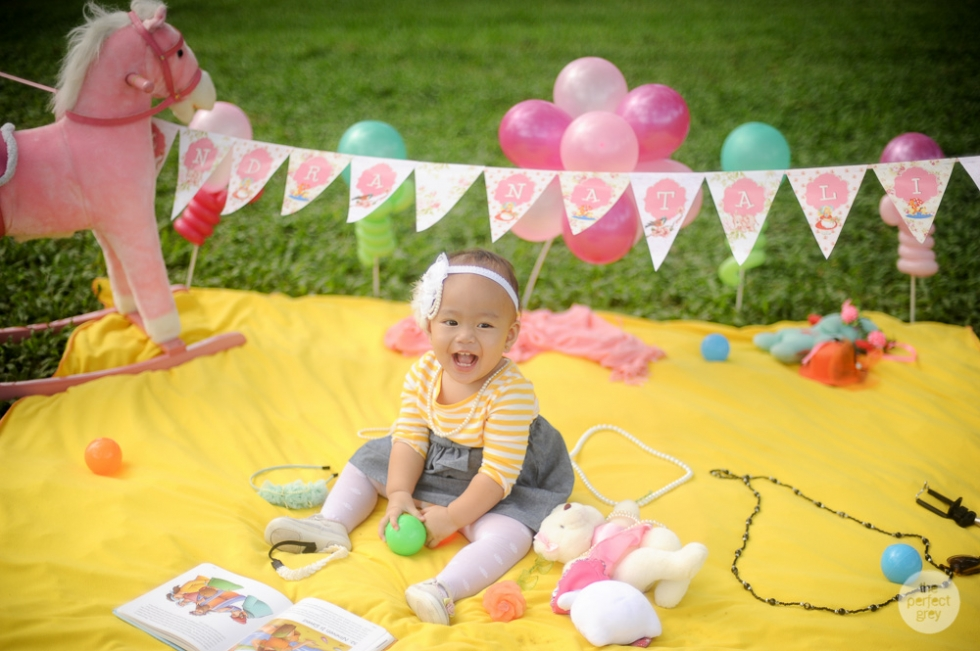 baby-cake-smash-first-birthday-one-year-old-the-perfect-grey-family-photographer-philippines-arlene-briones-4023